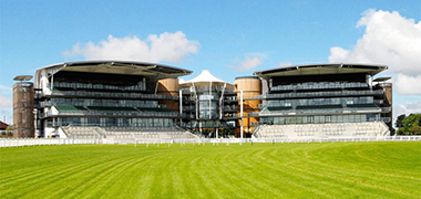 Aintree Festival Day 3 - Grand National Day