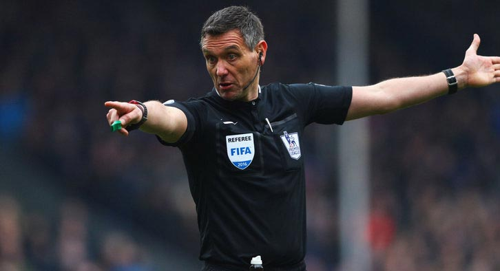 Andre Marriner takes charge of the Chelsea vs Hull City FA Cup Tie tonight. Marriner has only used his red card once this season. Photo Credit: Sky Sports.